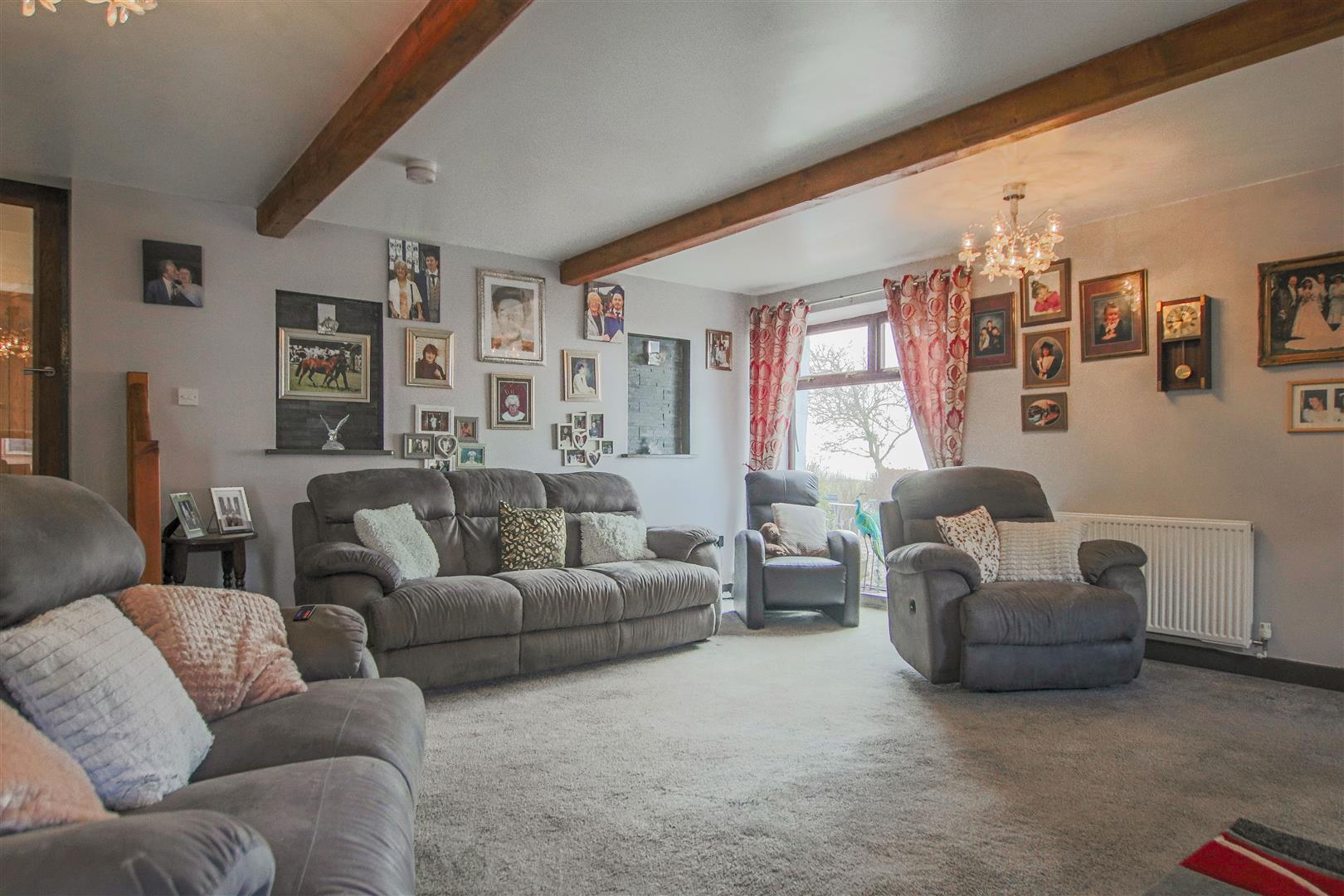 4 Bedroom Farmhouse For Sale - 18.JPG